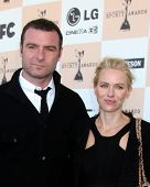 SANTA MONICA, CA - FEB 26:  Liev Schreiber and Naomi Watts arrives at the 2011 Film Independent Spir