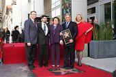 LOS ANGELES - el 1 de marzo: Maestro Zubin Mehta & familia asisten a la Hollywood paseo de la fama Star Ceremon