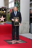 LOS ANGELES - el 1 de marzo: Maestro Zubin Mehta asiste a la honorin de Hollywood paseo de la fama estrella ceremonia