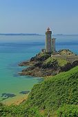 picture of brest  - Lighthouse  - JPG