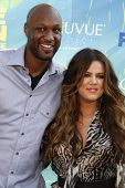 LOS ANGELES - 7 de AUG: Khloe Kardashian; Lamar Odom llega en los Teen Choice Awards 2011, celebrada en Gib