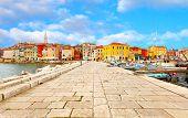 Casco antiguo de Istria en Porec, Croacia.