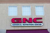Sacramento, Usa - September 13: Gnc Store On September 13, 2013 In Sacramento, California.