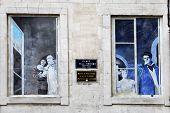 Avignon, France - July 1, 2014: Windows In An Old Mansion In Avignon. Historic Centre Of Avignon Nea