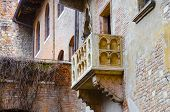 pic of juliet  - details Romeo and Juliet balcony in Verona Italy - JPG