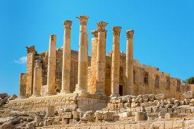 image of artemis  - Ruins at Jerash Jordan temple of Artemis - JPG