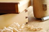 foto of joinery  - Details of a dovetailed joint on two little drawers - JPG