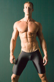 picture of body builder  - Champion body builder posing - JPG