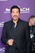 LAS VEGAS - APR 1:  Lionel Richie arrives at the 2012 Academy of Country Music Awards at MGM Grand Garden Arena on April 1, 2012 in Las Vegas, NV.