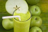 refreshing apple smoothie milk shake
