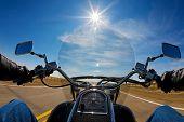 Vista de motociclistas
