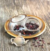 Very Berry White Tea