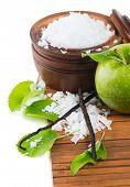 Aromatherapy - Green Apple, Bath Salt And Vanilla Beans