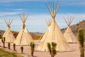 picture of wigwams  - National wigwam of American Indians - JPG
