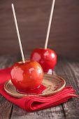 image of toffee  - toffee apple - JPG