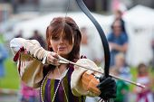 Donna From Eireann Edge Displays Archery
