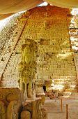 Escalera jeroglífica