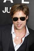 LOS ANGELES - JULY 19: Brad Pitt arrives at the 'Salt' Los Angeles Premiere at Grauman's Chinese The