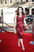 LOS ANGELES - 27 de JUN: Maria Canals-Barrera llega a la Premiere de Universal Pictures ' Larry Cro