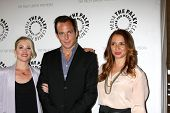 LOS ANGELES - MAY 8:  Christina Applegate, Will Arnett, Maya Rudolph arrives at the