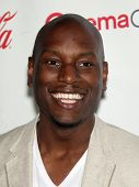 LAS VEGAS - APR 26:  TYRESE GIBSON arrives afor the Cinema Con 2012-Final Night Awards  on April 26,