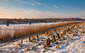 pic of hackney  - A snowy embankment in the Netherlands - JPG