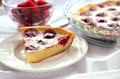 Cottage Cheese Pie With Raspberries