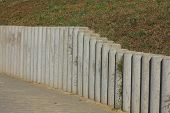 Concrete palisade