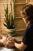 Terapeuta de masaje
