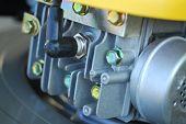 Lawn Mower Engine3