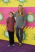 LOS ANGELES - MAR 23:  Buddy Handleson, Nicole Sullivan arrive at Nickelodeon's 26th Annual Kids' Ch