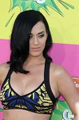 LOS ANGELES - MAR 23:  Katy Perry arrives at Nickelodeon's 26th Annual Kids' Choice Awards at the US