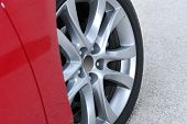 aluminium sport wheel detail