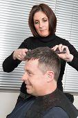 Cutting hair in a beauty salon