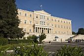 pic of evzon  - The Greek parliament and the unknown soldier tomb at Athens - JPG