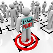 A worker marked Team Player is identified as one of the best people in an organizational chart and s
