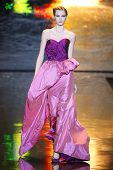 Badgley Mischka Start-und Landebahn herbst/Winter 2011 Sammlung New York Fashion week