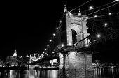 Ponte de Roeblin à noite