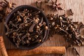 Spices: Cloves