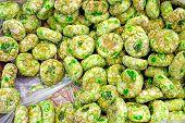 Green italian pastry