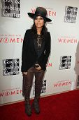 LOS ANGELES - MAY 10:  Linda Perry at the L.A. Gay & Lesbian Center's