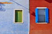 Постер, плакат: Burano Windows