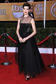 LOS ANGELES - JAN 27:  Anne Hathaway arrives to the SAG Awards 2013  on January 27, 2013 in Los Ange