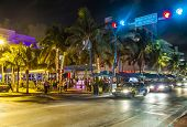 People Enjoy Nightlive At Ocean Drive In South Beach