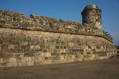 foto of fortified wall  - Fortified walls surrounding the historic Spanish colonial city of Cartagena de Indias in Colombia - JPG