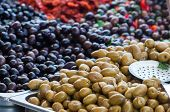 image of pimiento  - View of green and black olives in a sicilian weekly market - JPG