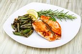 pic of salmon steak  - Salmon steak with roasted green beans and lemon - JPG