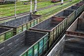 Empty railway cars for various crumbly cargoes