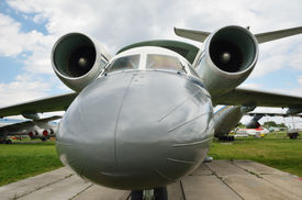 pic of awacs  - A reconnaissance aircraft is photographed close - JPG