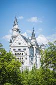Постер, плакат: Сказочный замок короля Людвига 2 Нойшванштайн в Бавария Германия в июне 2013 года